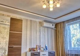 Купить трехкомнатную квартиру в Алуште по ул. 60 лет СССР - Недвижимость Алушта  Купить трехкомнатную квартиру в Алуште по ул. 60 лет СССР